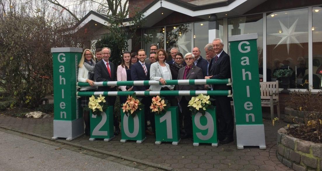 Der RV Lippe-Bruch Gahlen und die Sponsoren des nationalen Hallenreitturniers freuen sich auf die 25. Auflage des Turniers vom 4. bis 6. Januar 2019. (Foto: Kerstan-Medien)