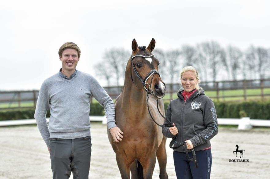 Lukas und Tanja Fischer mit dem Bundeschampion Cosmo callidus NRW (v. l.) (Fotografin: (Tanja Becker): )