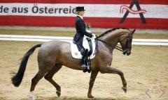 Jessica von Bredow-Werndl und Exclusive BB (Foto: TEAM myrtill)