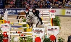 Hat sich mit Büttner`s Minimax für das Championat der Pferdestadt Neumünster bei den VR CLASSICS qualifiziert: Janne Friederike Meyer-Zimmermann. (Foto: Stefan Lafrentz)