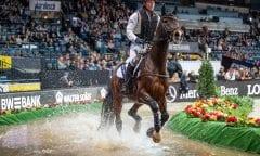 THOMSEN Peter (GER), Horseware Nobleman Stuttgart - German Masters 2018 Zwei-Phasen-Zeitspringen Indoor Geländeritt 14. November 2018 © www.sportfotos-lafrentz.de/Stefan Lafrentz
