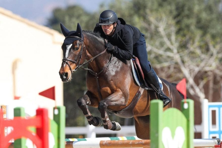 Danny Dunne from Great Britain was the lucky winner of CES Valencia Tours Young Horse Final. (Photocredi: Frank Fotistica)