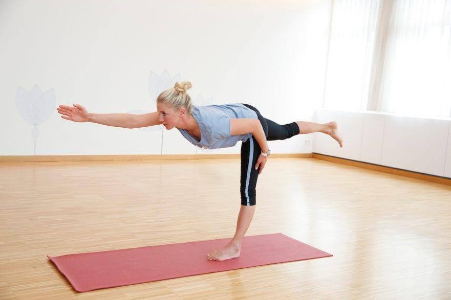 BREDOW-WERNDL Jessica Yogaübungen mit Jessica von Bredow-Werndl 2016 www.sportfotos-lafrentz.de/Stefan Lafrentz