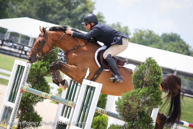 Aaron Vale and Cashew CR (Photo: Phelps Media Group)