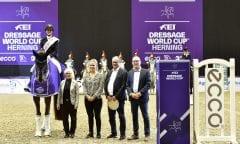Cathrine Dufour winner of the FEI Dressage World Cup i Herning 2019. Displayed also judge Susanne Baarup, Anna Kasprzak, Ulf Helgstrand and Jens Trabjerg. Credit: Ridehesten.com/Kristine Ulsø Olsen