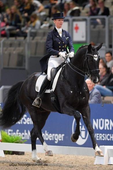 Beste bayerische Starterin in der Einlaufprüfung zum Nürnberger Burg-Pokal: Christine Eglinski und Forever mine. Foto: Fotoagentur Dill