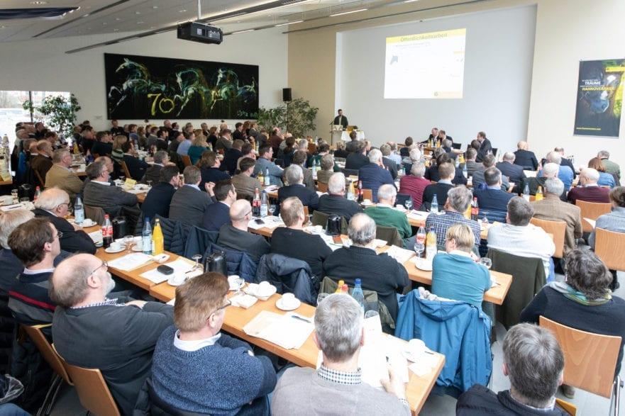Delegiertenversammlung beim Hannoveraner Verband