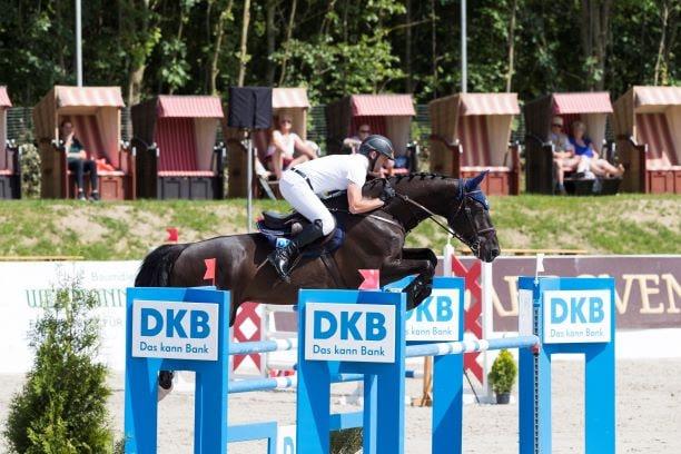 Holger Wulschner, Veranstalter der DKB Pferdewoche Rostock, veranstaltet ein erstes Late Entry Turnier in Groß Viegeln.  Foto: Thomas Hellmann