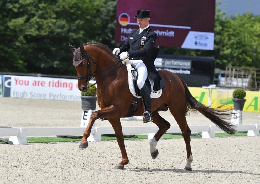 Die Sieger der Finalqualifikation zum Louisdor-Preis & Sieger des Sonderehrenpreises der Firma BUCAS für das beste jüngste Pferd- Hubertus Schmidt & Denoix PCH Foto- Foto Rüchel