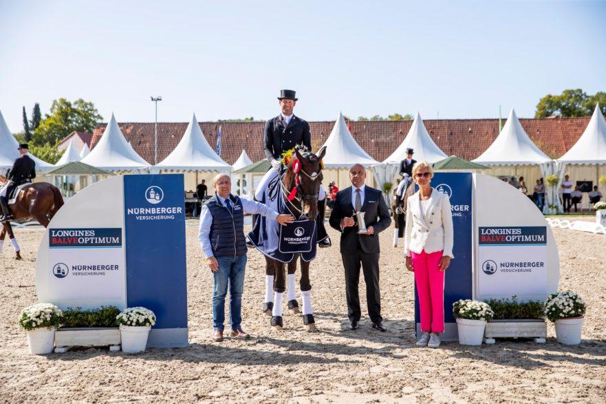 Die Siegerehrung der Qualifikationsprüfung in Balve (Foto: Stefan Lafrentz)