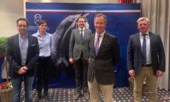 Das ist der neue Vorstand des Holsteiner Verbandes (v.l.n.r.): Dieter Feddersen, Inken Gräfin von Platen-Hallermund, Dr. Maximilian Slawinski, Hinrich Romeike, Harm Sievers (Foto: CTD)