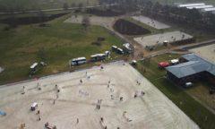 Zwei Turnierplätze und mehrere Abreiteplätze ermöglichen auf dem Eventgelände in Westergellersen die Luhmühlen Spring Tour vom 14. - 18. April. (Foto: Theurer Horse Trucks)
