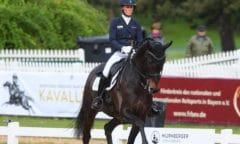 Helen Langehanenberg siegte mit Straight Horse Ascenzione in der Qualifikation zur Finalqualifikation zum NÜRNBERGER BURG-POKAL. Foto: Hubert Fischer