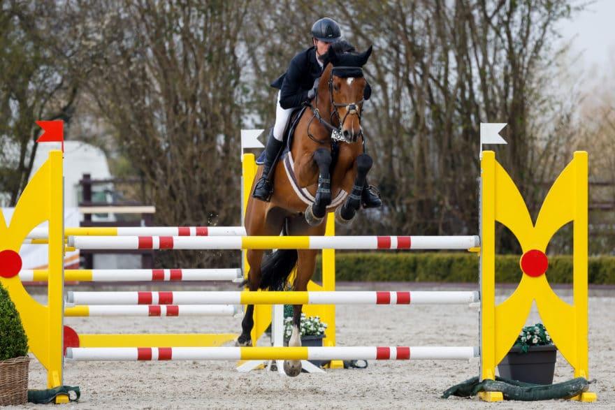 Sven-Gero Hünicke konnte sich in Ehlersdorf gleich über zwei Siege mit dem jungen Chanio freuen. (Foto: Fotografie CB)
