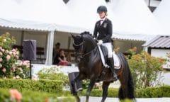 Sophie-Luisa Duen gewann mit ihrem Pony Del Estero NRW auch ihre dritte Prüfung beim Schafhofs Jugendfestival in Kronberg. (Foto: SWegener/ Equitaris)
