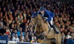 Der deutsche Olympiasieger Daniel Deusser belegt Longines Weltranglistenplatz eins. (FEI/Dirk Caremans)
