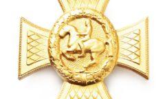 Reiterkreuz in Gold