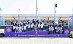 EM-Gold für das deutsche Quartett, Silber für Großbritannien und Bronze für Dänemark bei den Europameisterschaften Dressur auf dem Hof Kasselmann.  (Foto: Thomas Hellmann)